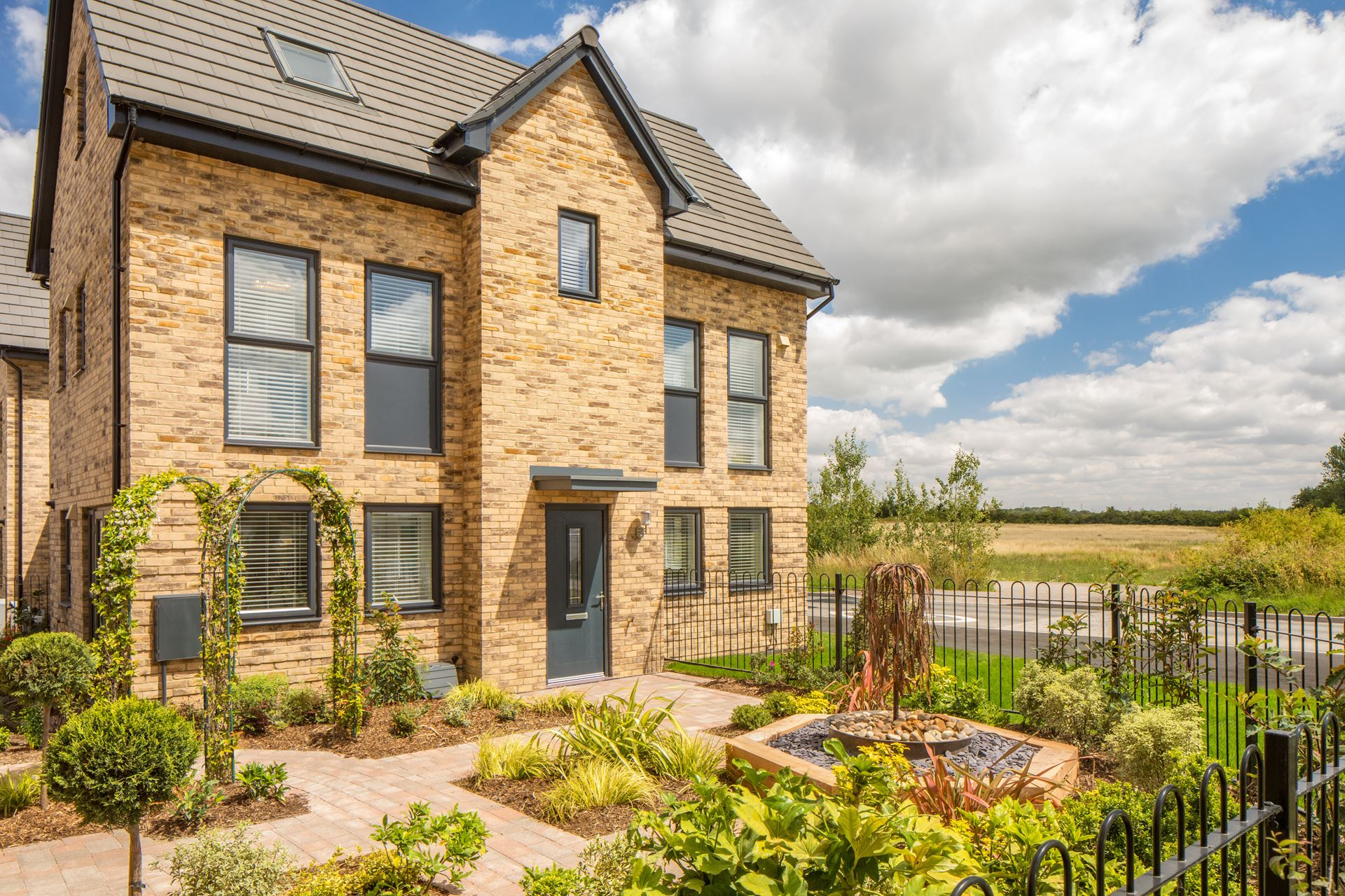 Outside view the Hesketh Show Home at Canalside @ Wichelstowe. 4 bedroom home.